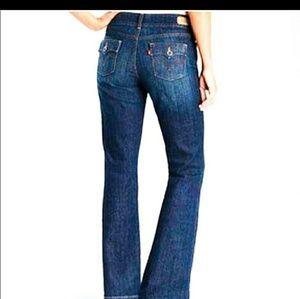 Levi's 526 slender boot cut jeans size 6